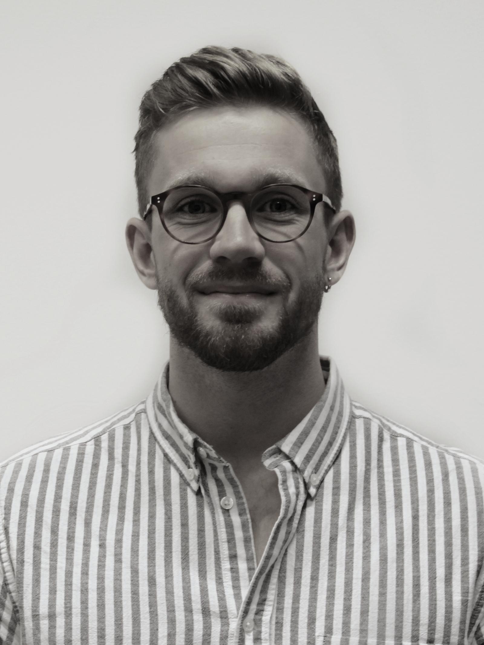 Michael Olschansky Larsen